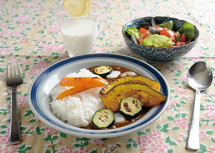 夏野菜の シーフードカレーの献立