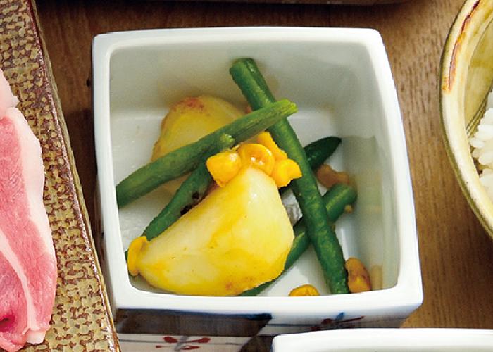 いんげんとじゃが芋のガーリックバターいため