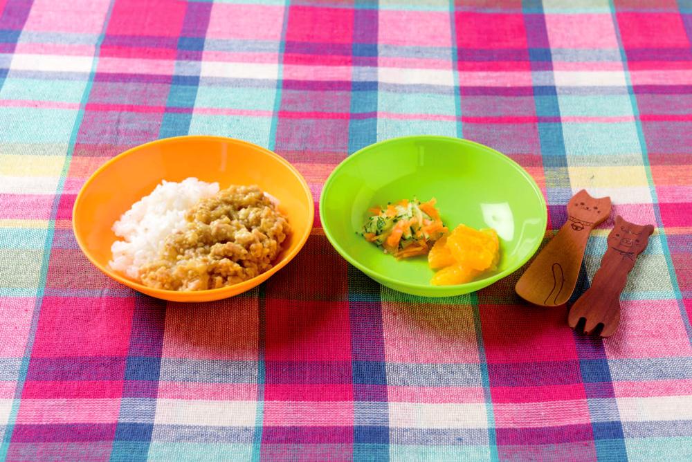ひき肉豆腐カレーの献立